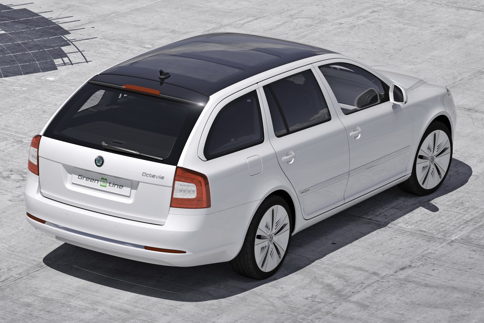 2017 Skoda Octavia Green E Line Concept photo - 4