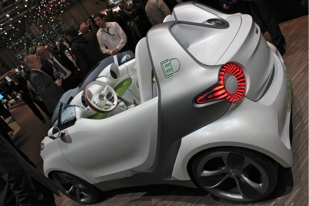 2017 Smart forspeed Concept photo - 3