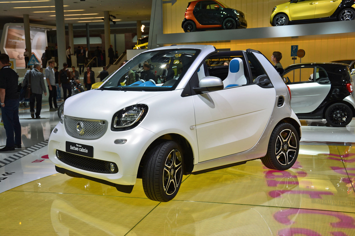2017 Smart fortwo photo - 2