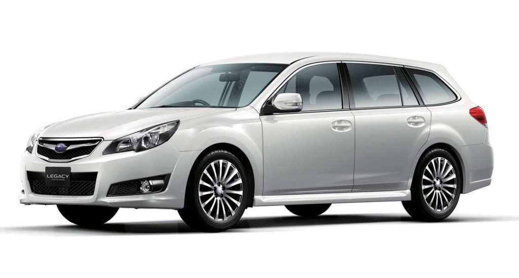 2017 Subaru Legacy Station Wagon photo - 2