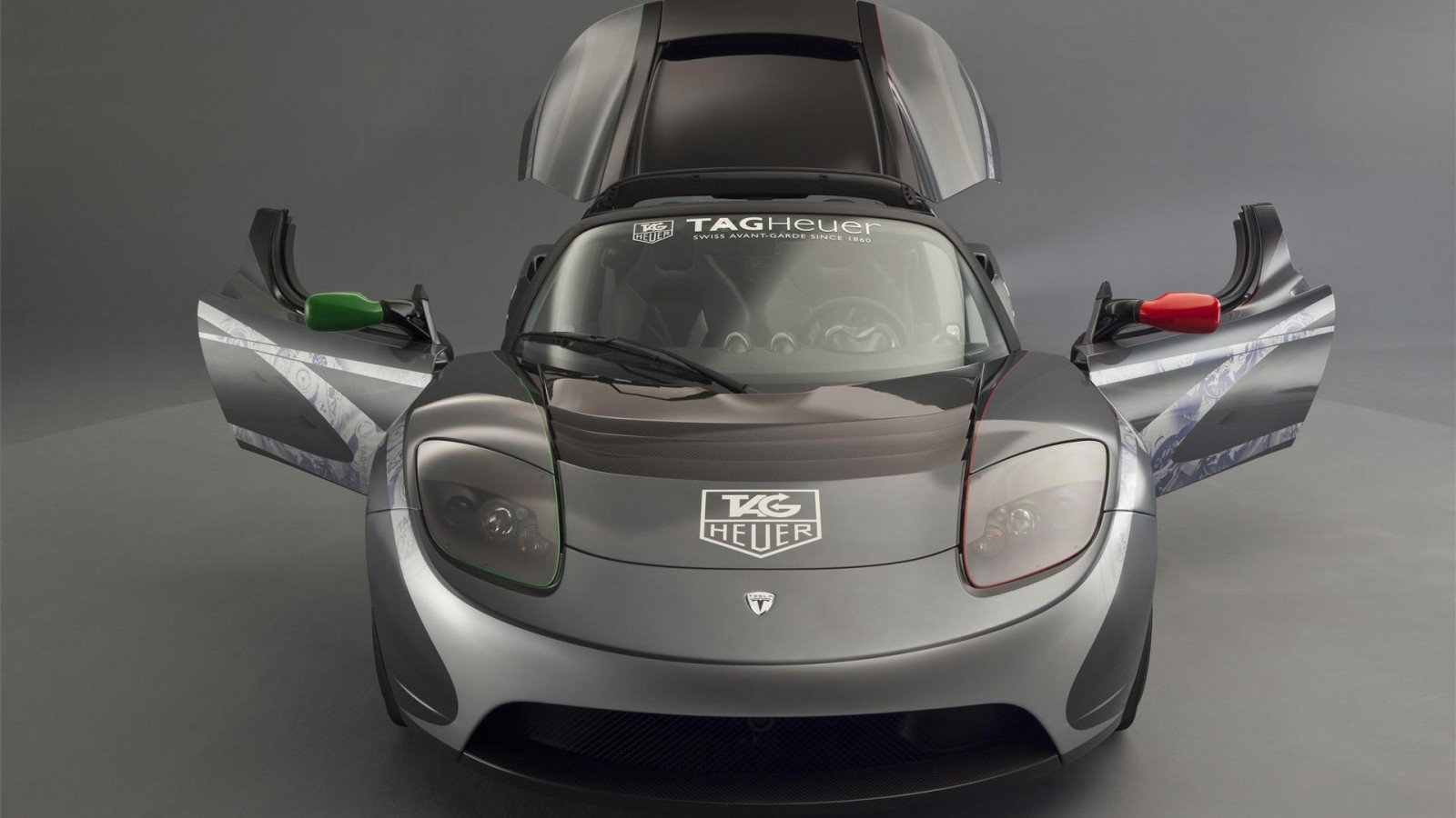 2017 Tesla Roadster TAG Heuer photo - 1