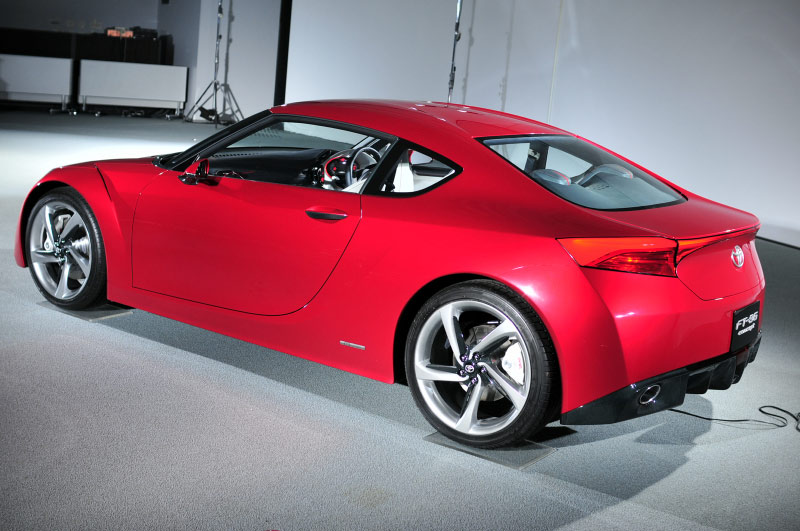 2017 Toyota FT 86G Sports Concept photo - 2