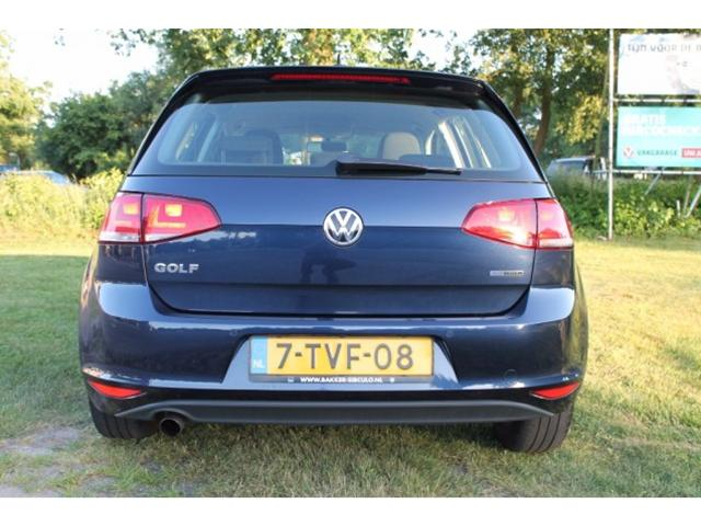 2017 Volkswagen Golf TDI BlueMotion photo - 1