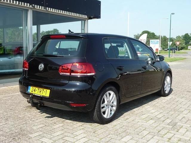 2017 Volkswagen Golf TDI BlueMotion photo - 4