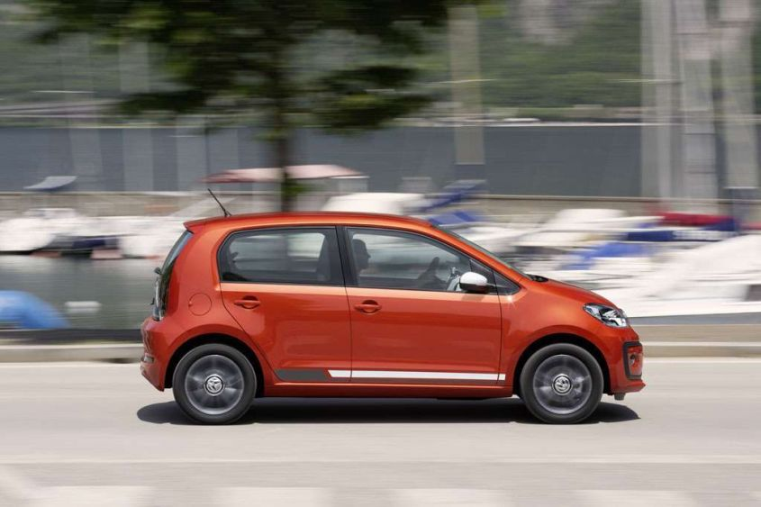 2017 Volkswagen Up photo - 4