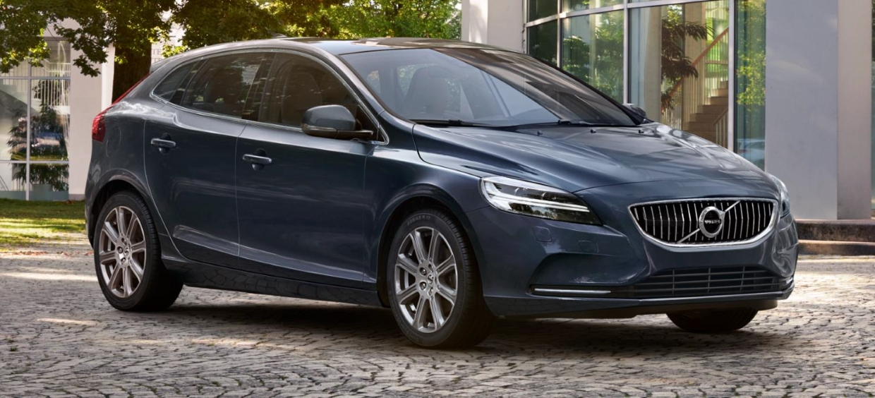 2017 Volvo V40 R Design photo - 1