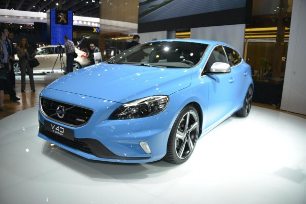 2017 Volvo V40 R Design photo - 4