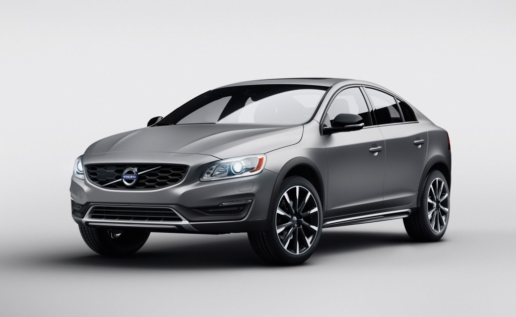 2017 Volvo V60 Cross Country photo - 1