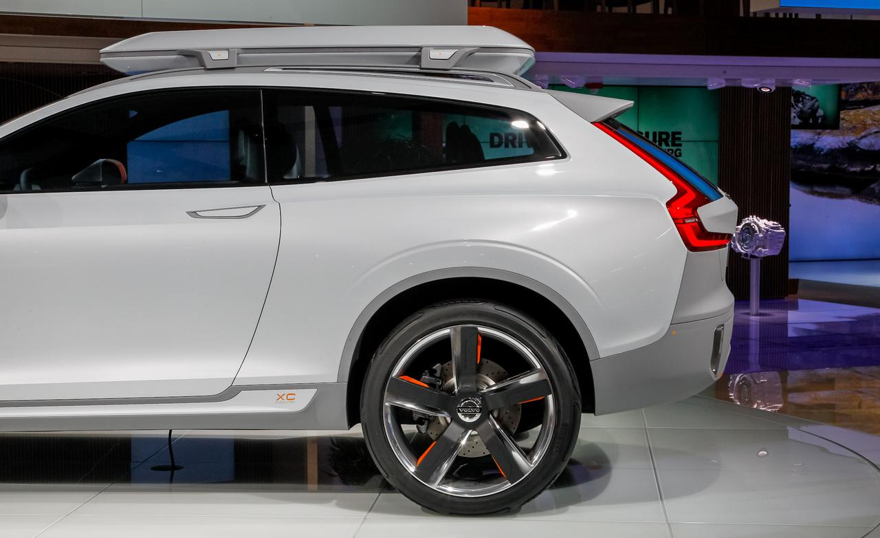 2017 Volvo XC Coupe Concept photo - 3