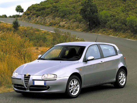 2018 Alfa Romeo 147 JTD 16V photo - 3