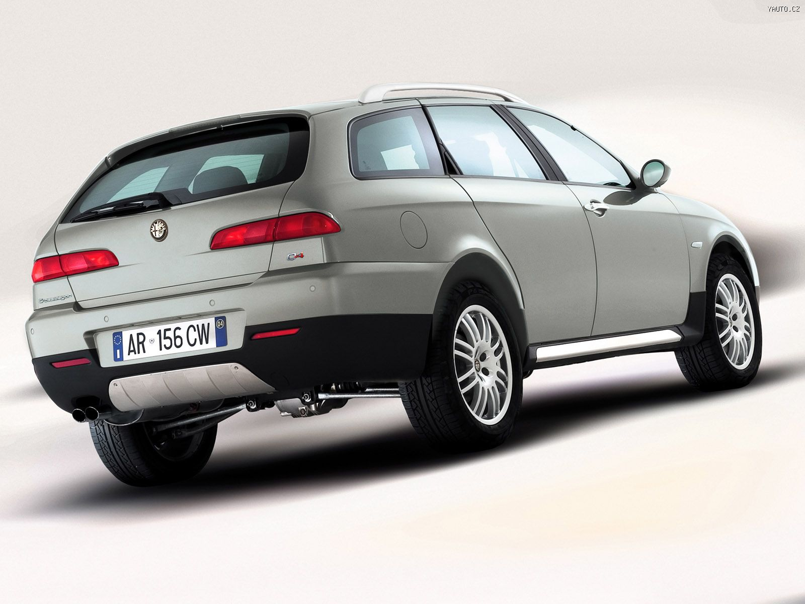 2018 Alfa Romeo 156 Crosswagon photo - 1