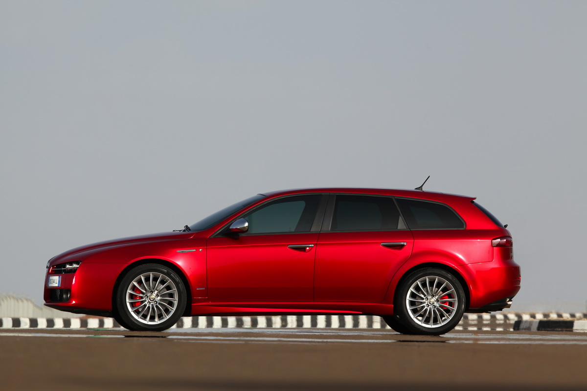 2018 Alfa Romeo 159 Sportwagon photo - 5