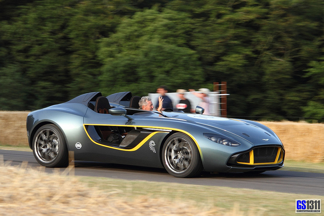 2018 Aston Martin CC100 Speedster Concept photo - 1