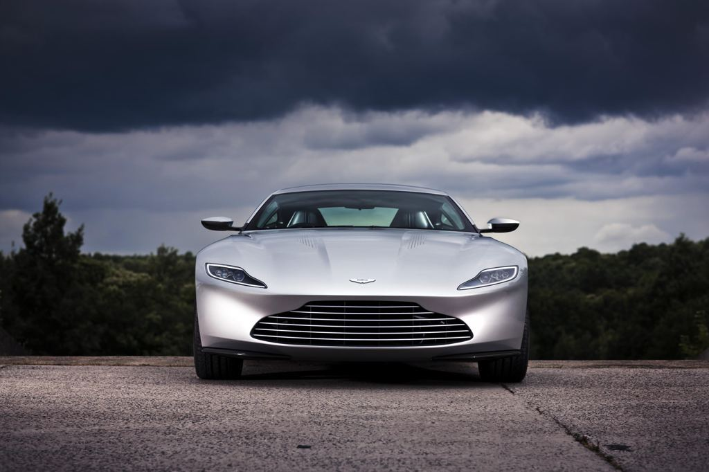 2018 Aston Martin DB10 photo - 3