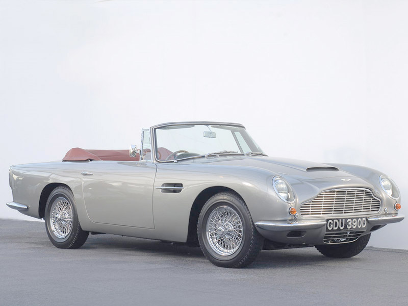 2018 Aston Martin DB6 photo - 3