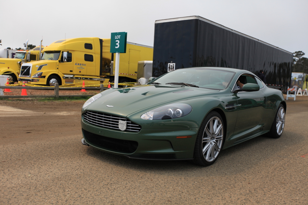 2018 Aston Martin DBS Racing Green photo - 5