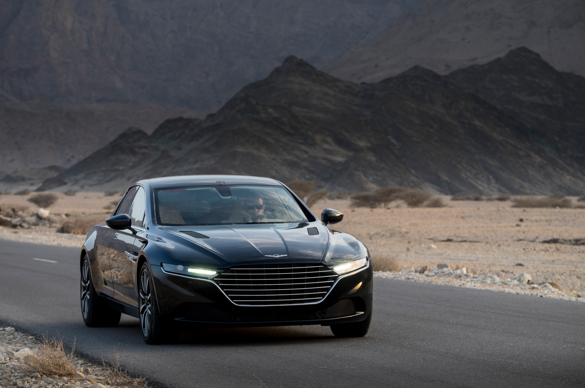 2018 Aston Martin Lagonda Concept photo - 4