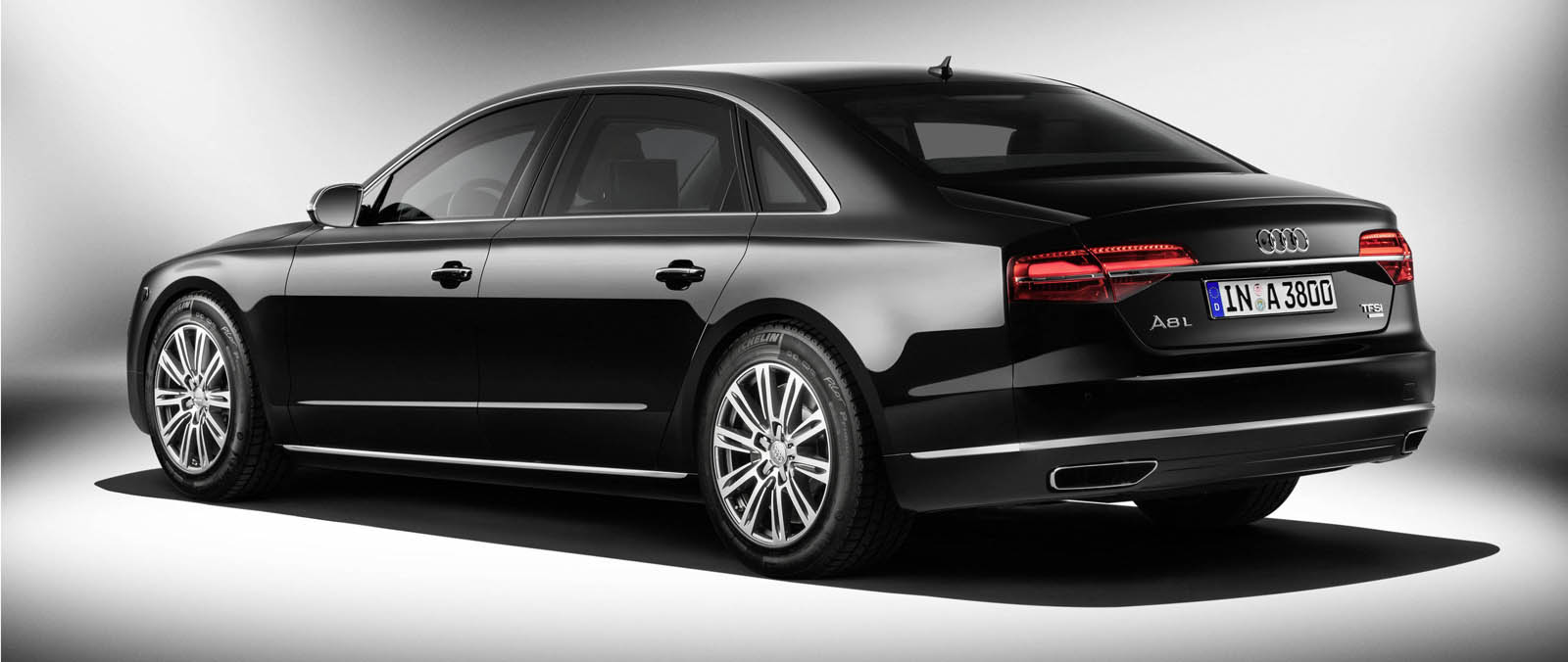 2018 audi a8 l security car photos catalog 2018. Black Bedroom Furniture Sets. Home Design Ideas