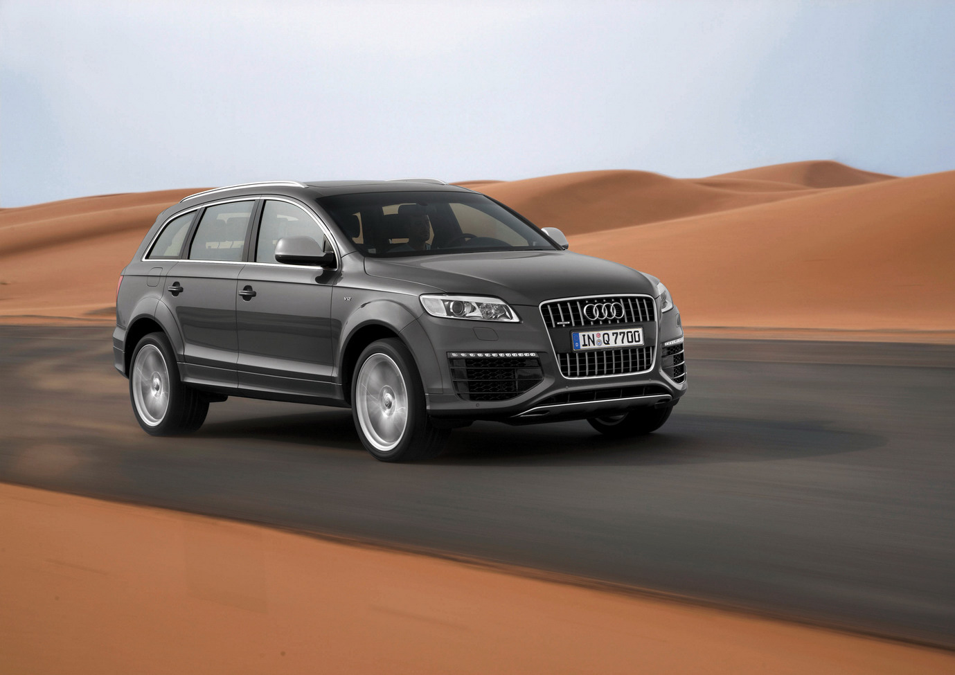 2018 Audi Q7 V12 Tdi Car Photos Catalog 2018