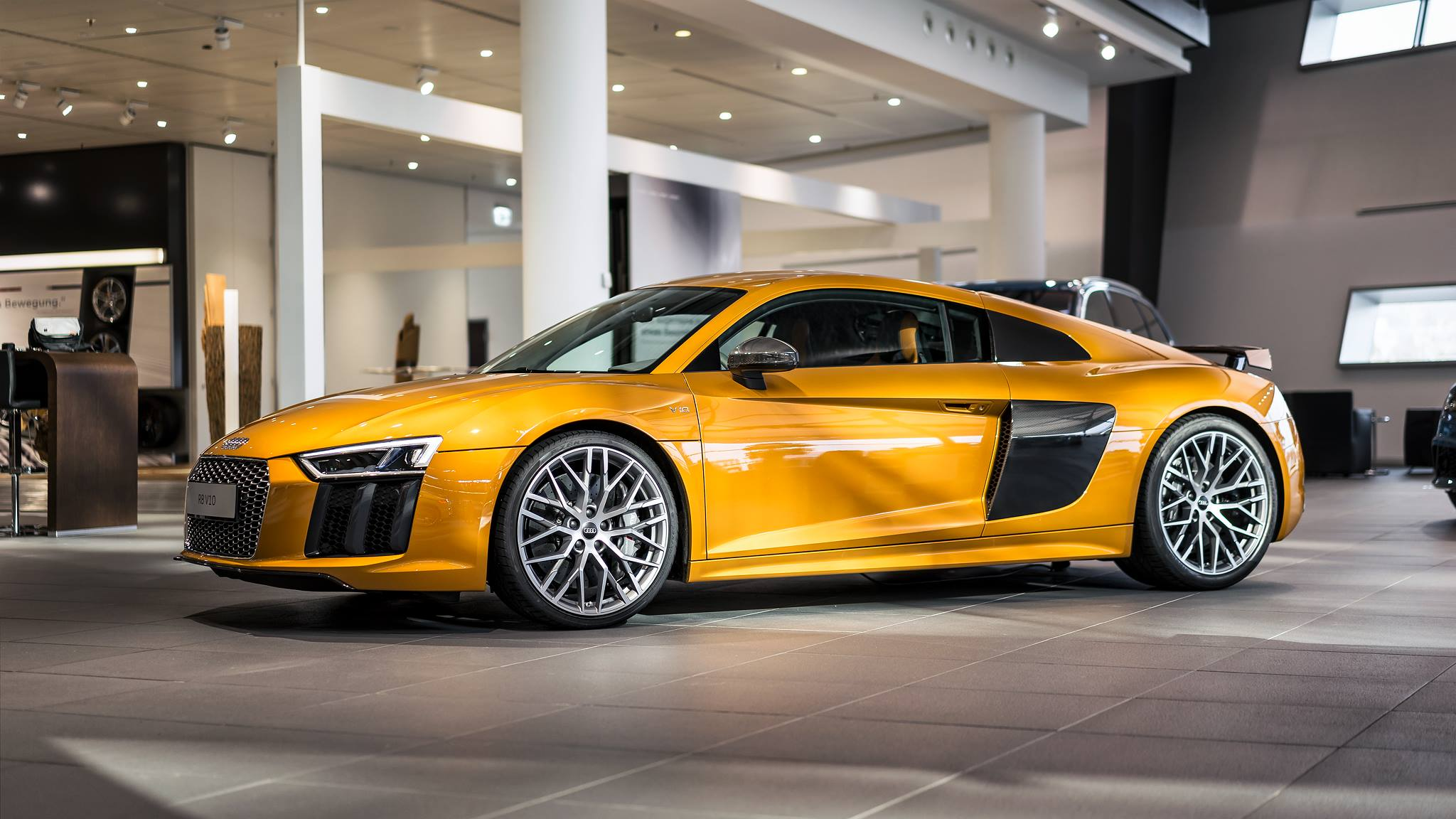 2018 Audi R8 Exclusive Selection photo - 1