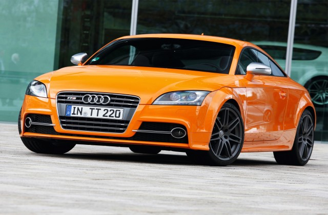 2018 Audi TTS Coupe competition photo - 2