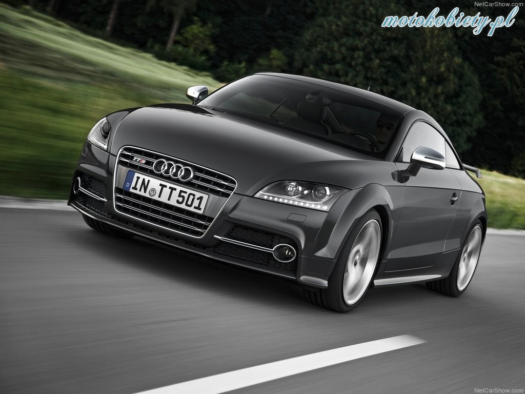 2018 Audi TTS Coupe competition photo - 3