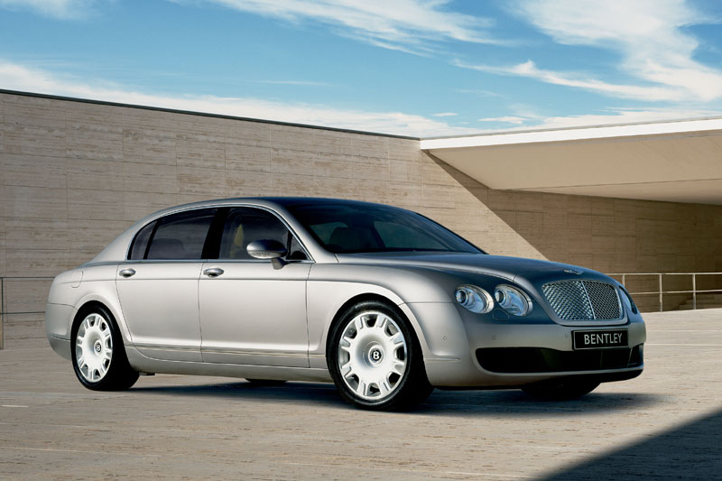 2018 Bentley Continental Flying Spur Speed photo - 2