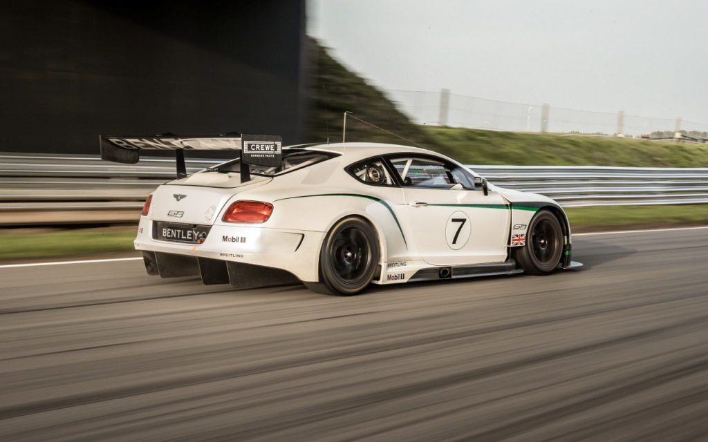 2018 Bentley Continental GT3 Racecar photo - 3
