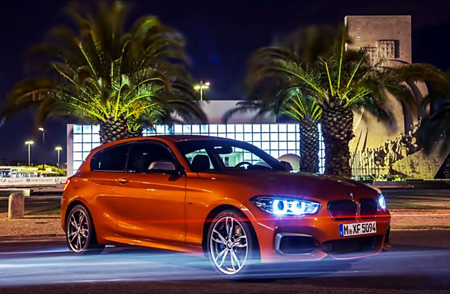 2018 BMW 1 Series photo - 4