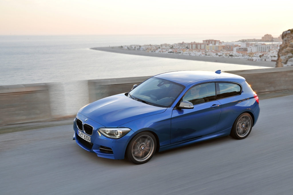 2018 BMW 1 Series 5 door photo - 4