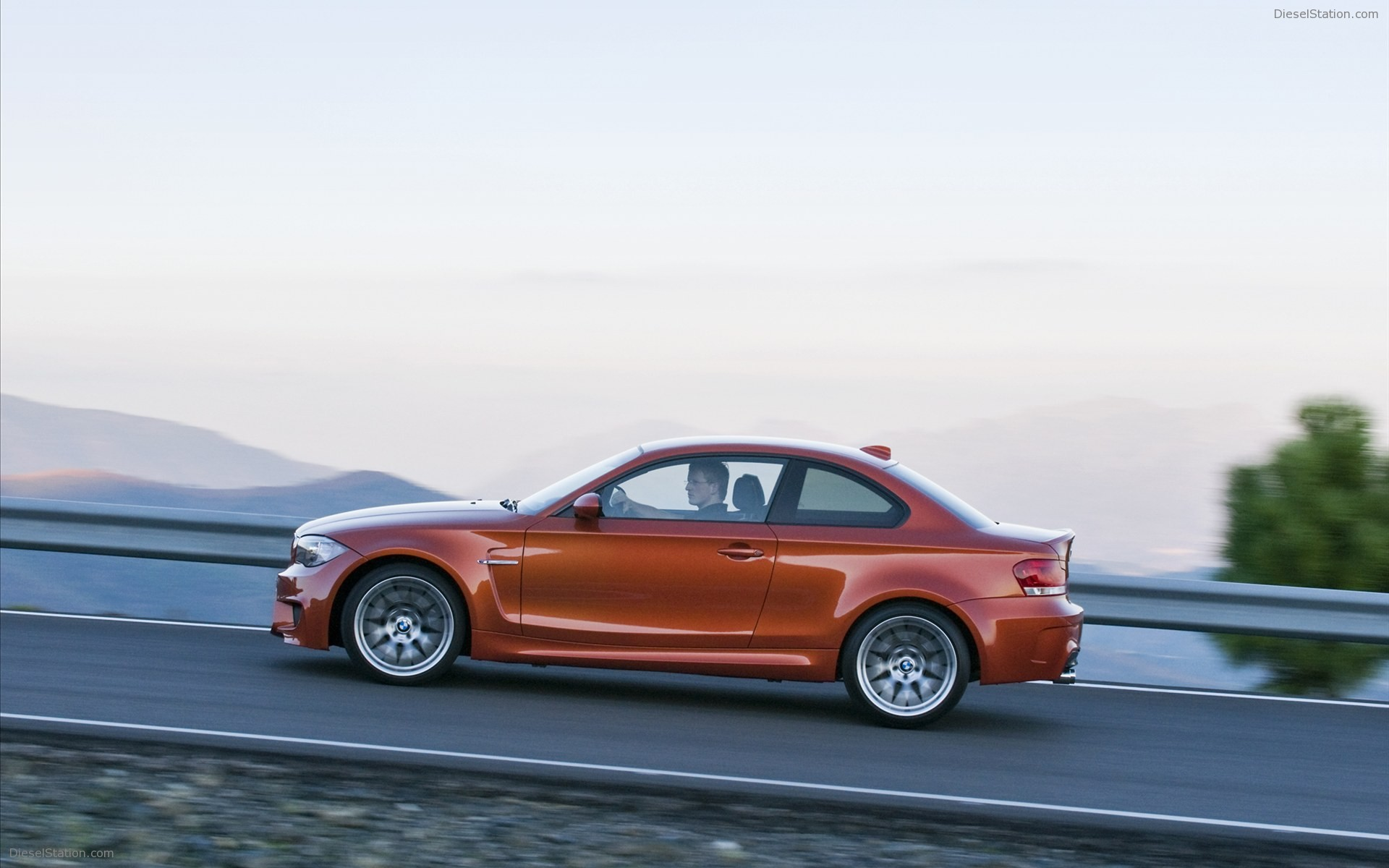 2018 BMW 1 Series M Coupe US Version photo - 2