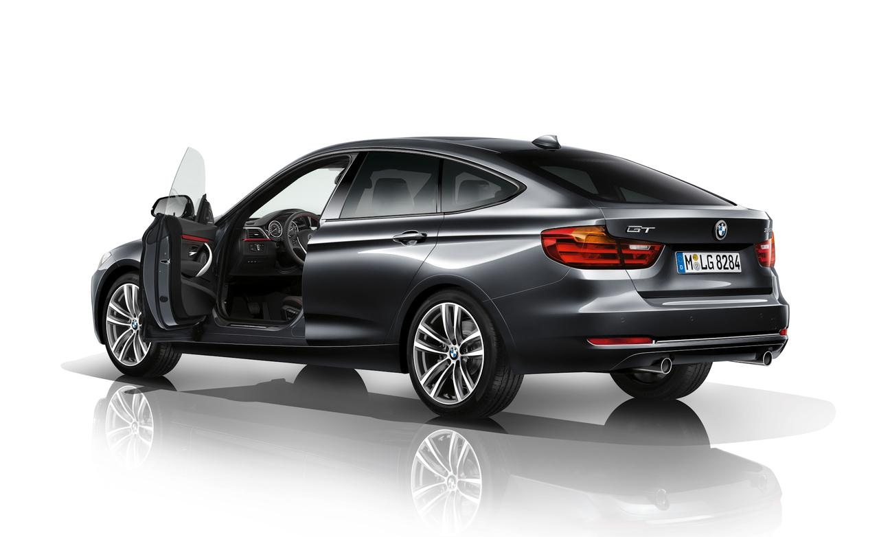 2018 BMW 1 Series Sport Line photo - 2