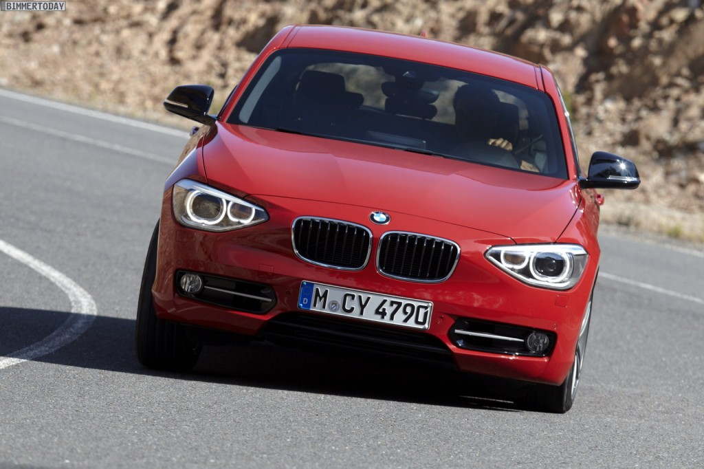 2018 BMW 1 Series Sport Line photo - 4