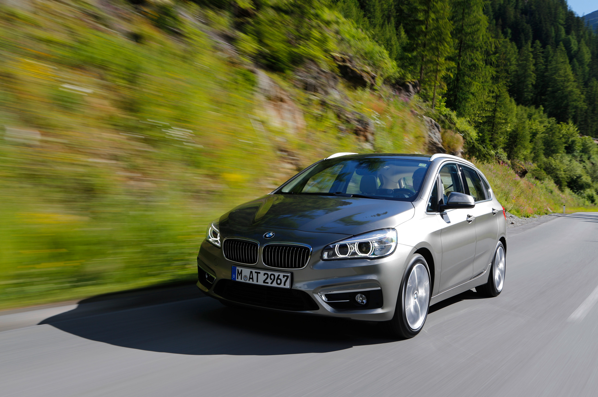 2018 BMW 2 Series Active Tourer photo - 3