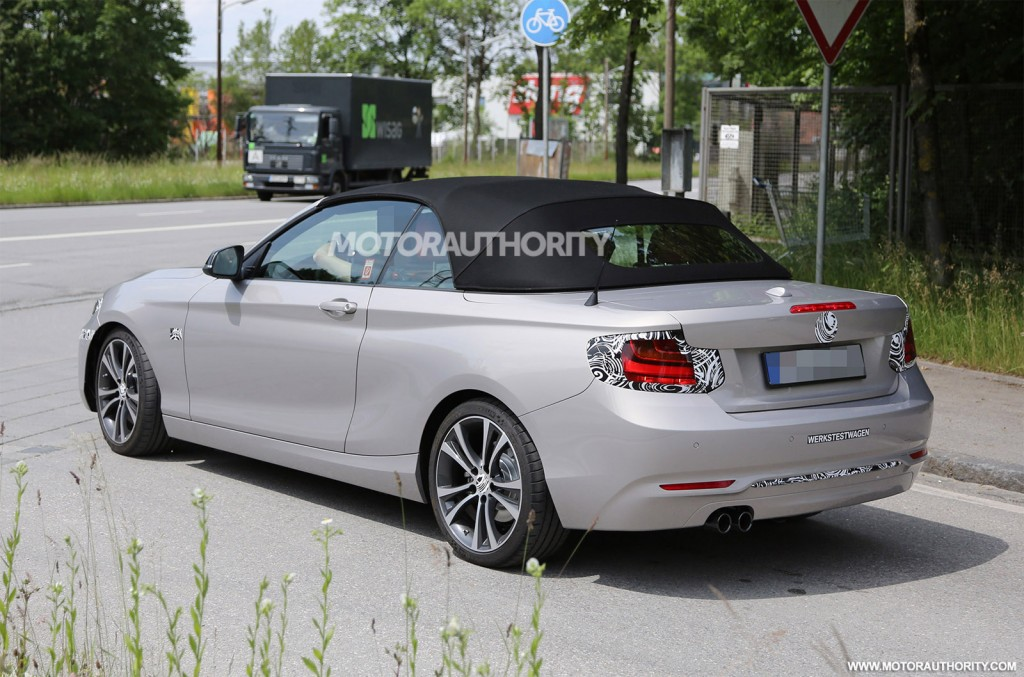 2018 BMW 2 Series Convertible photo - 5
