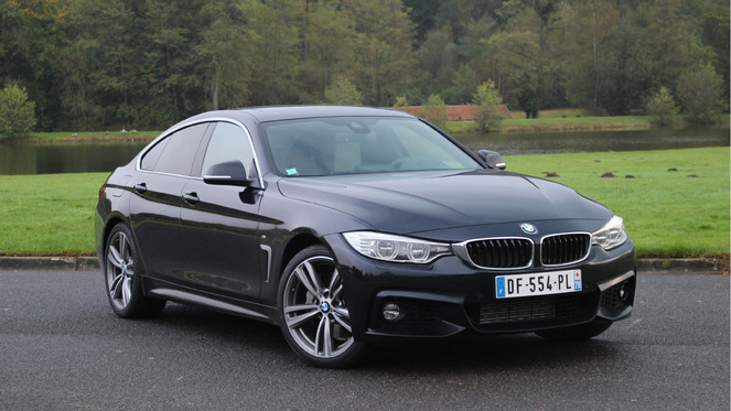 2018 BMW 335is Coupe photo - 3