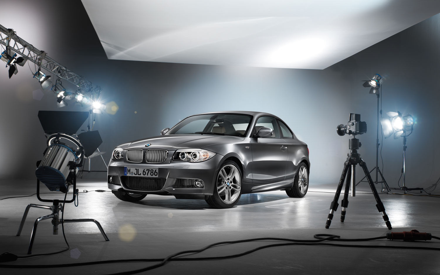 2018 BMW 4 Series Coupe Concept photo - 4