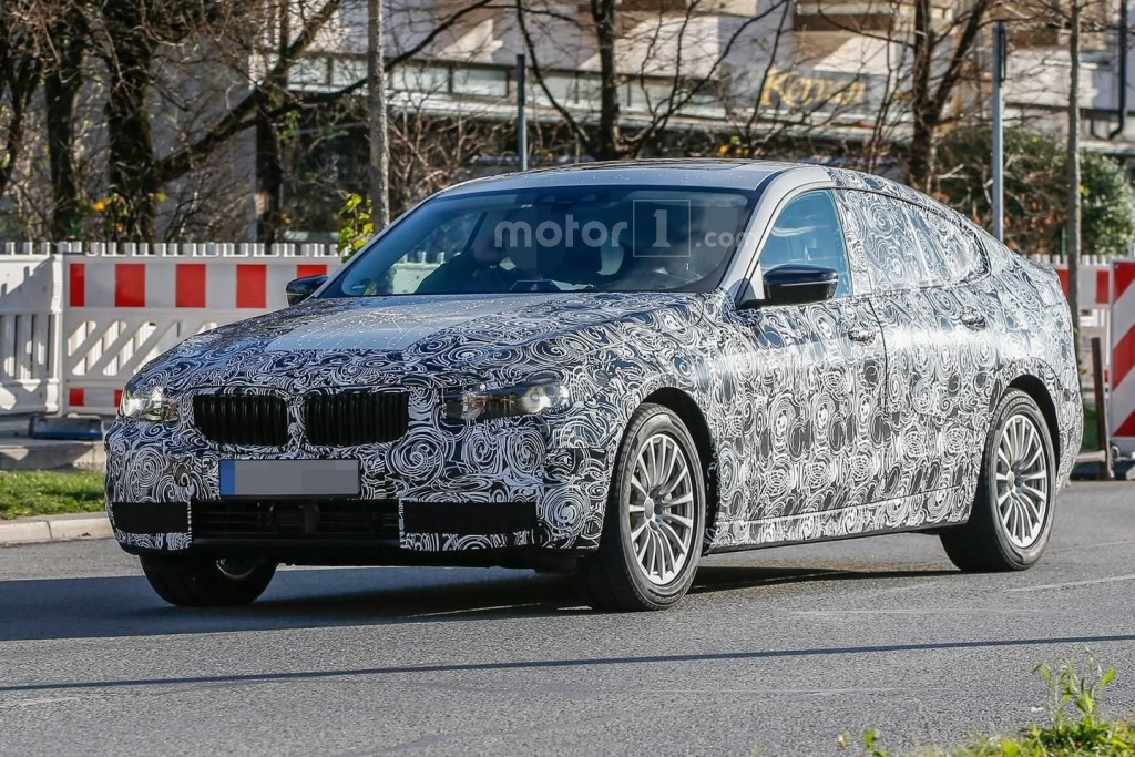 2018 BMW 8 Series photo - 1