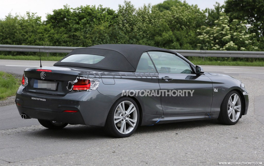 2018 BMW M235i Coupe photo - 4