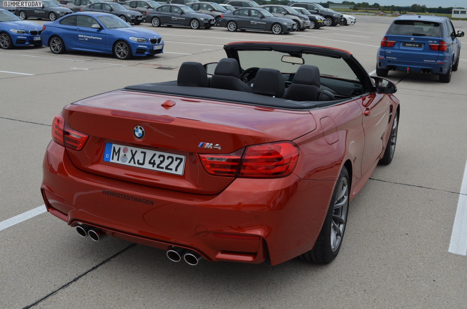 2018 BMW M4 Convertible photo - 2