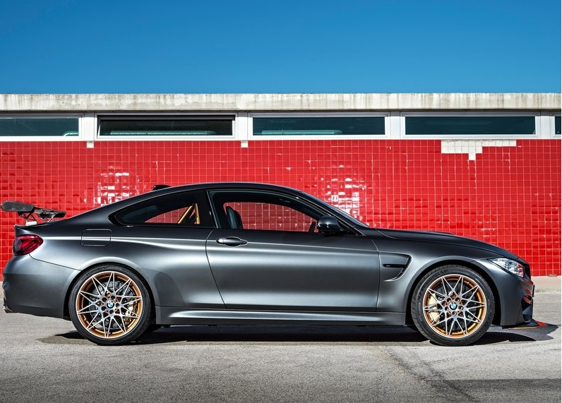 2018 BMW M4 Convertible photo - 5