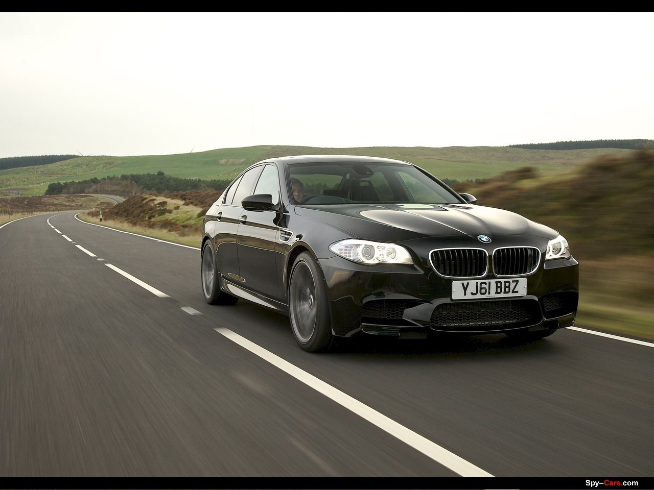 2018 BMW M5 UK Version photo - 4