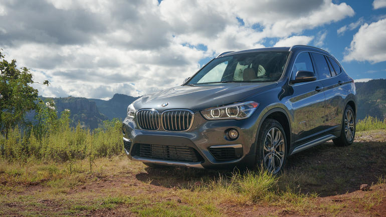 2018 BMW X1 xDrive28i photo - 5