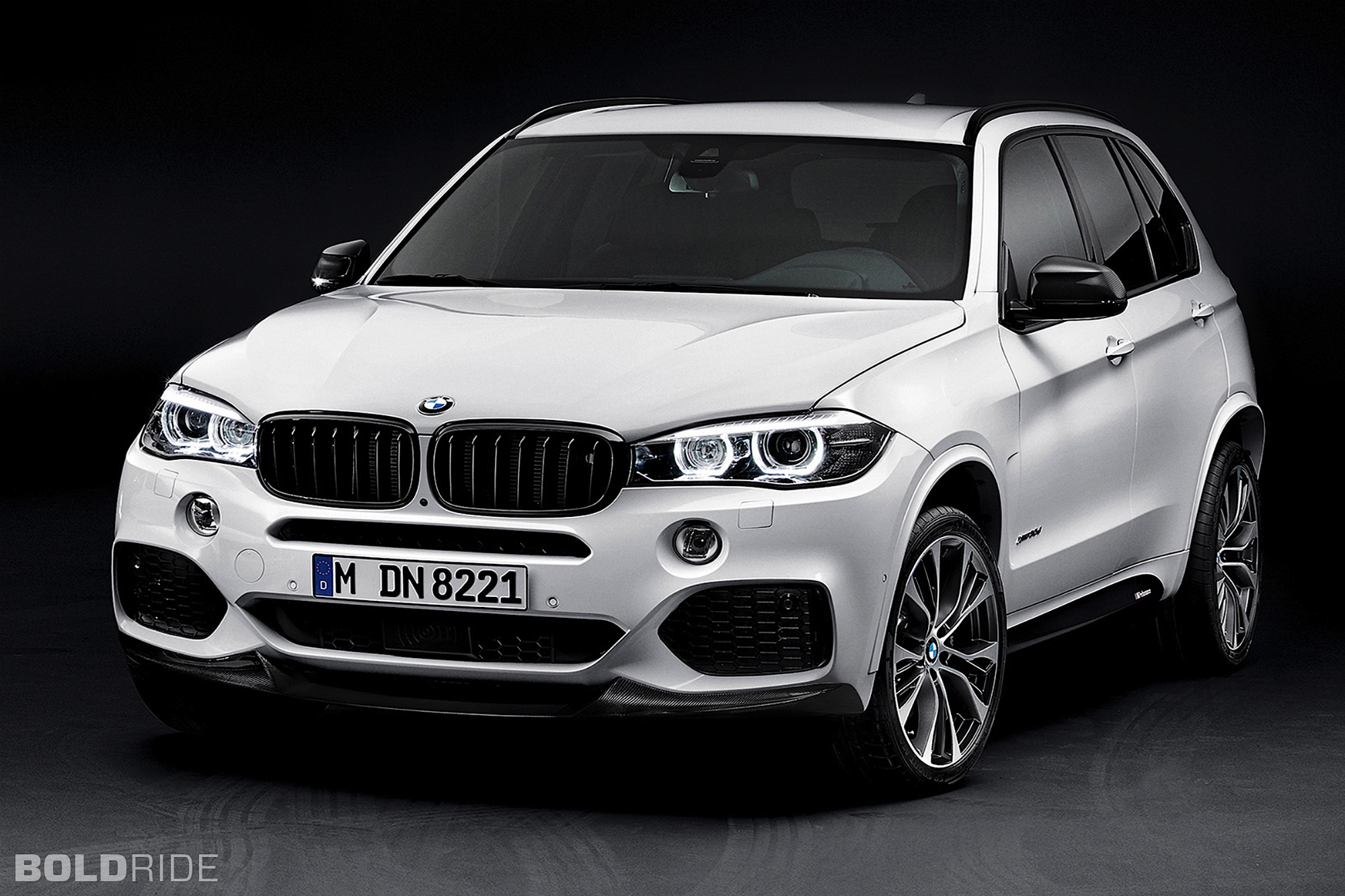 2018 BMW X5 M Package photo - 1