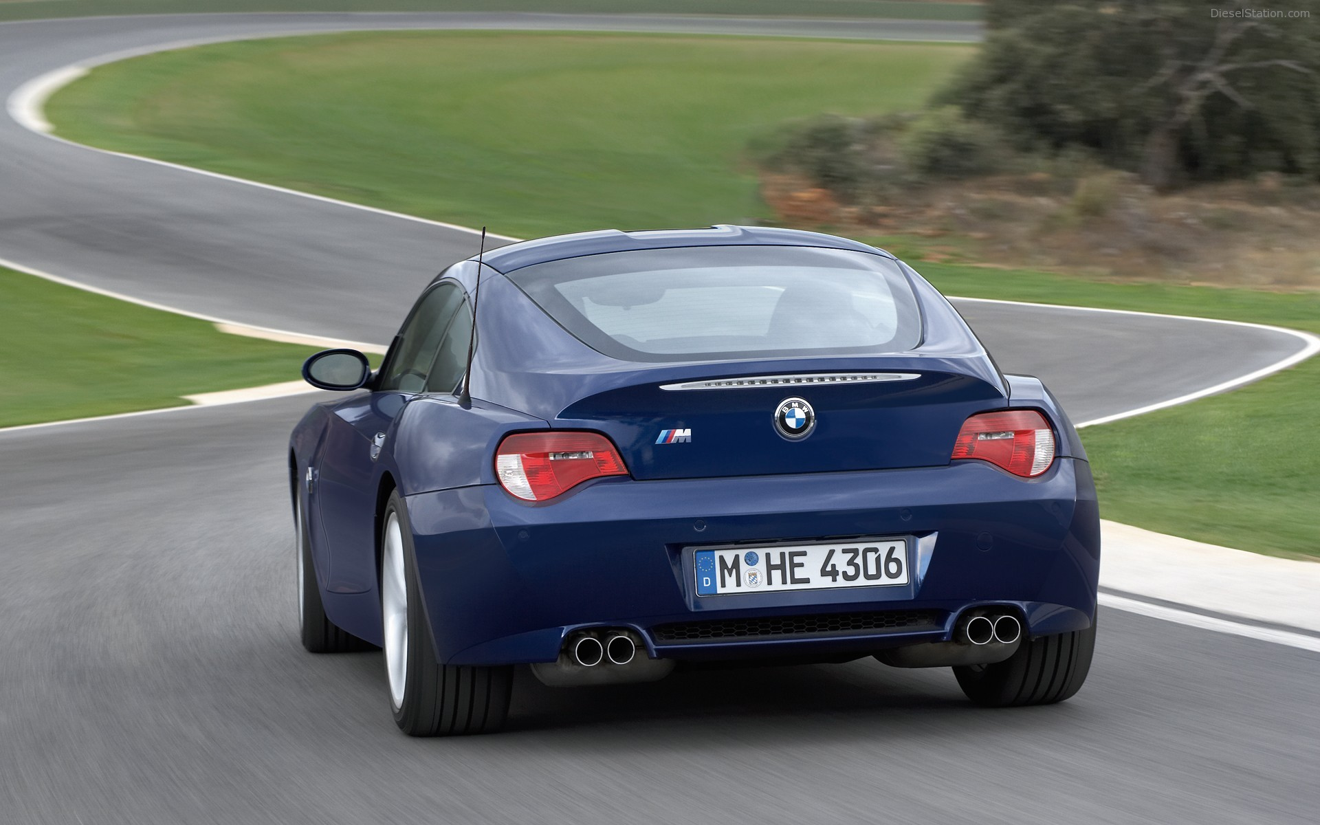 2018 Bmw Z4 Uk Version Car Photos Catalog 2018