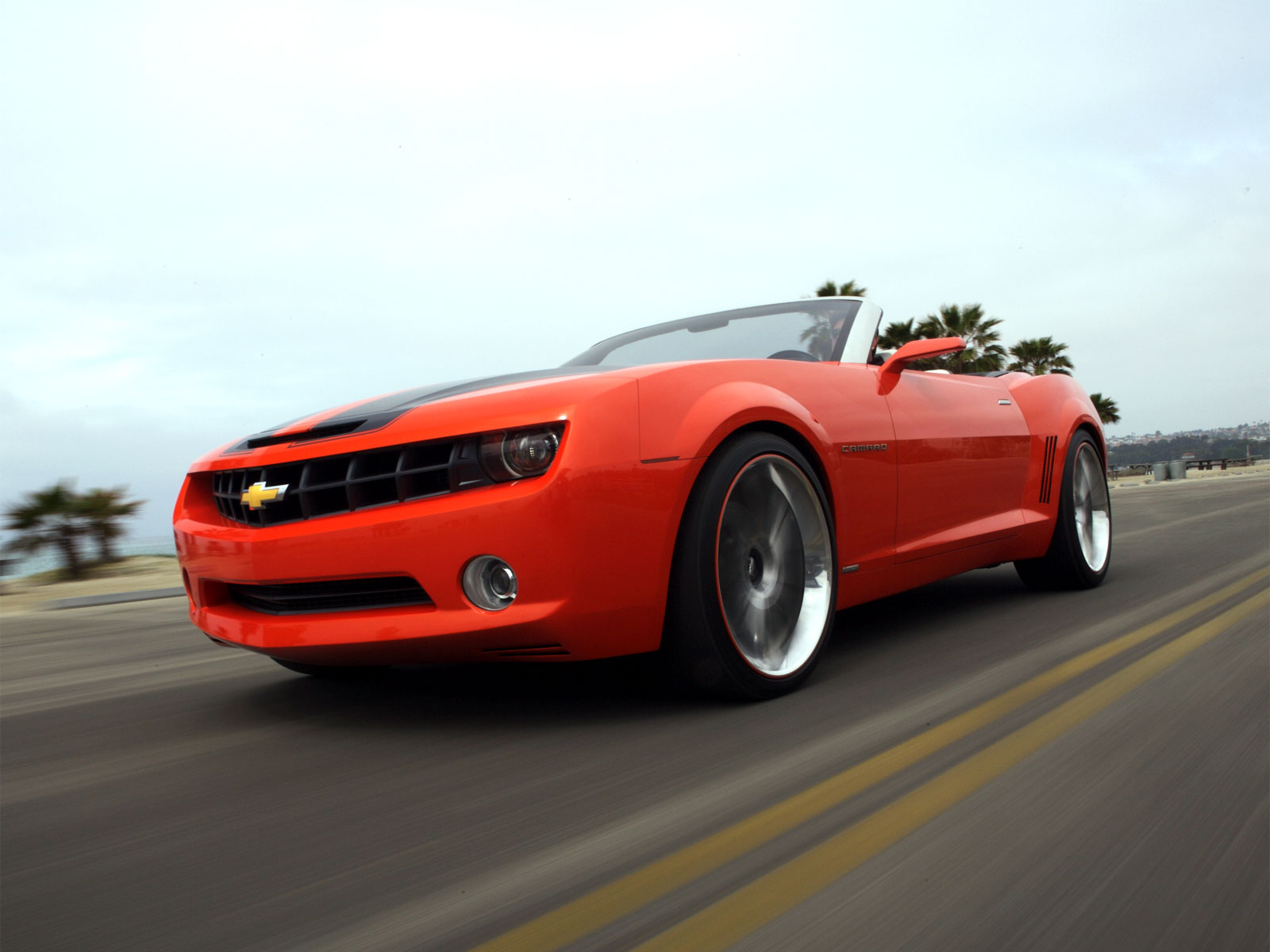 2018 Chevrolet Camaro Convertible Concept photo - 1