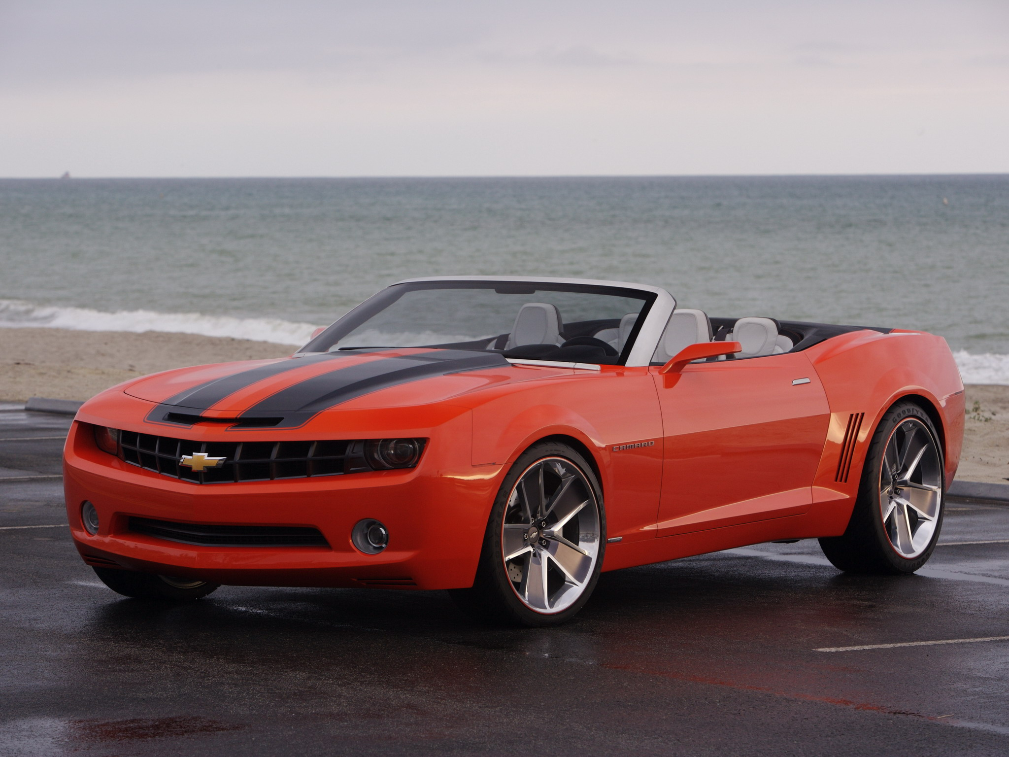 2018 Chevrolet Camaro Convertible Concept photo - 3