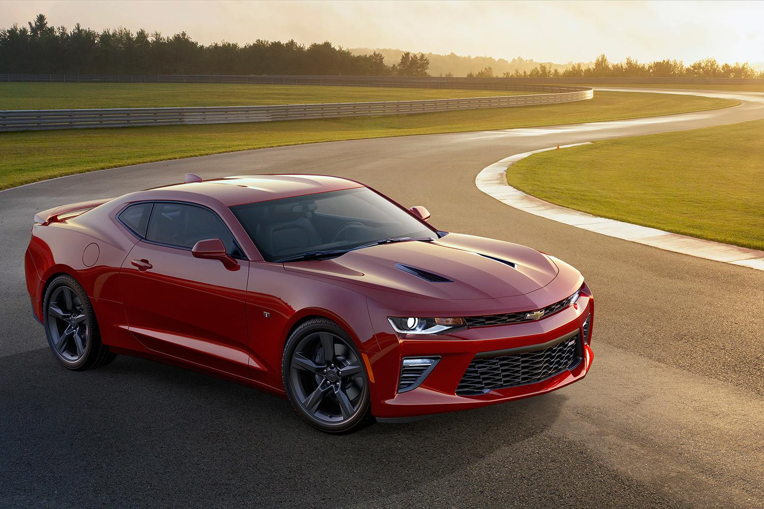 2018 Chevrolet Camaro SS photo - 1