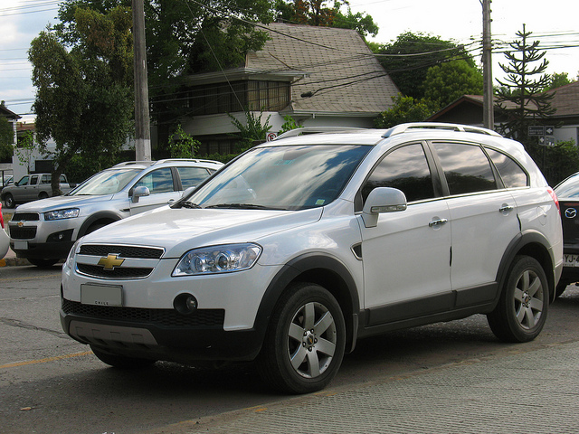 2018 Chevrolet Captiva photo - 3
