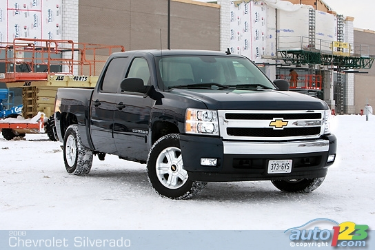 2018 Chevrolet Silverado Crew Cab photo - 2